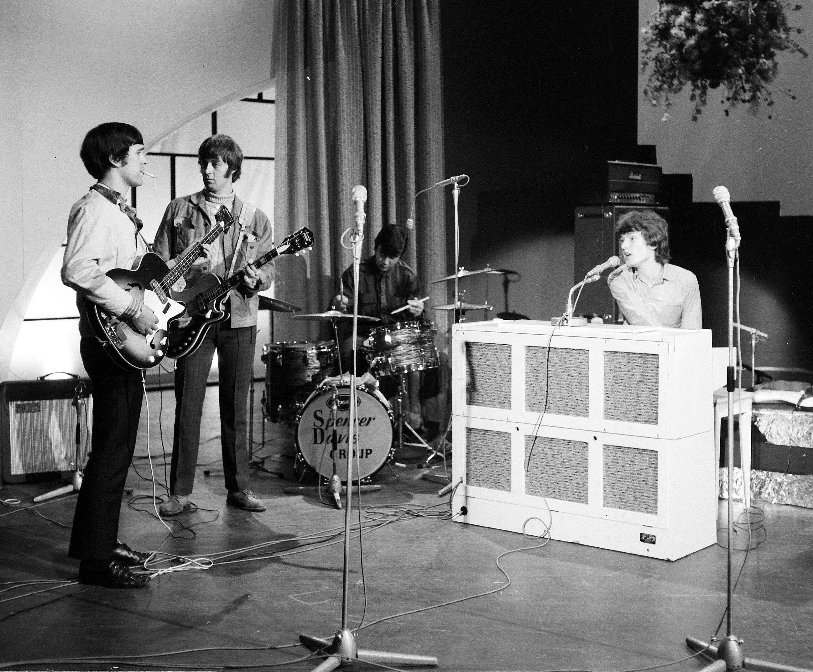 spencer_davis_group_1966.jpg