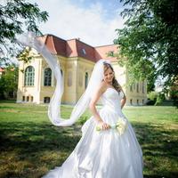Egy gyönyörű menyasszonyi ruha...