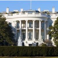 Hogyan hívjuk meg esküvőnkre az amerikai elnököt? :-) vagy más hírességeket...