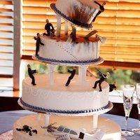 Esküvői torta titkos ügynököknek