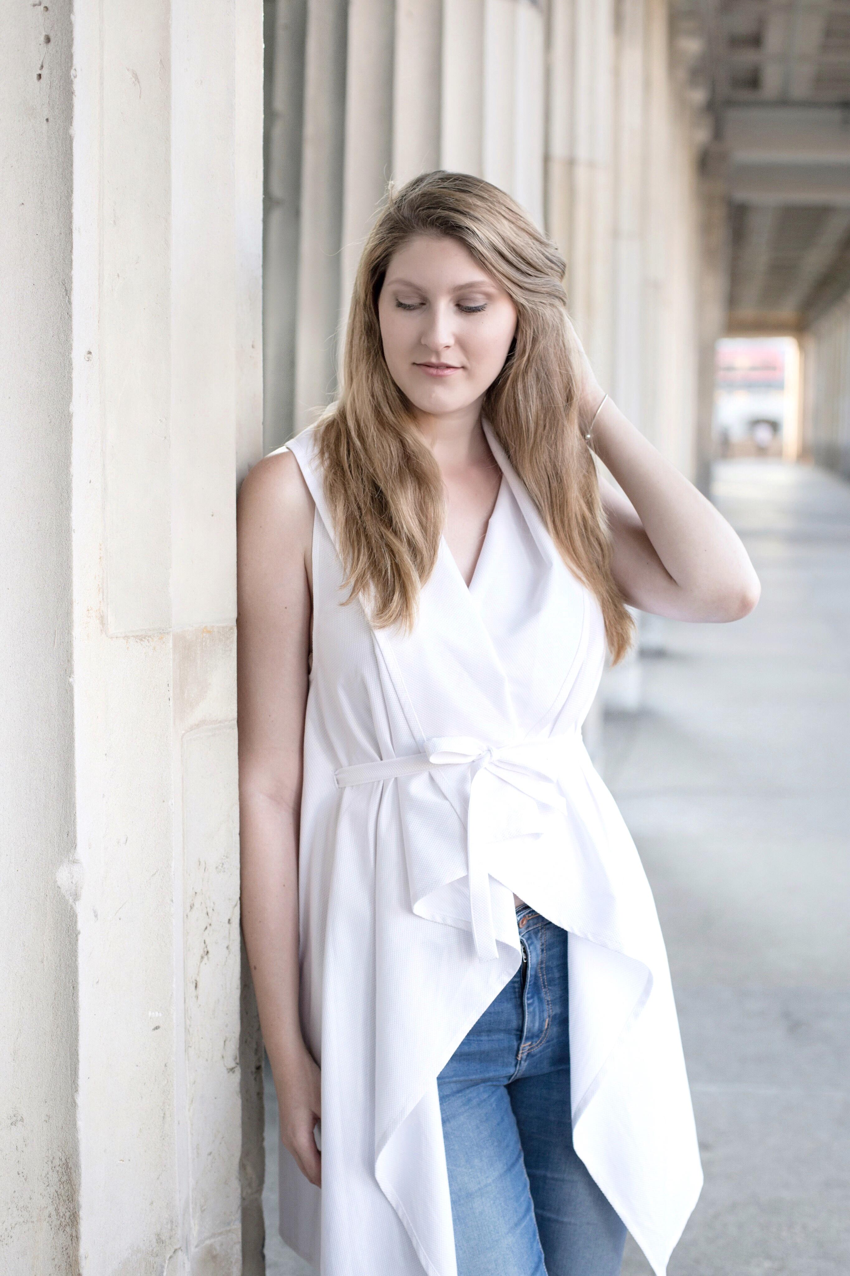 cako_feher_melleny_berlin_fashion_week_outfit_1.jpg