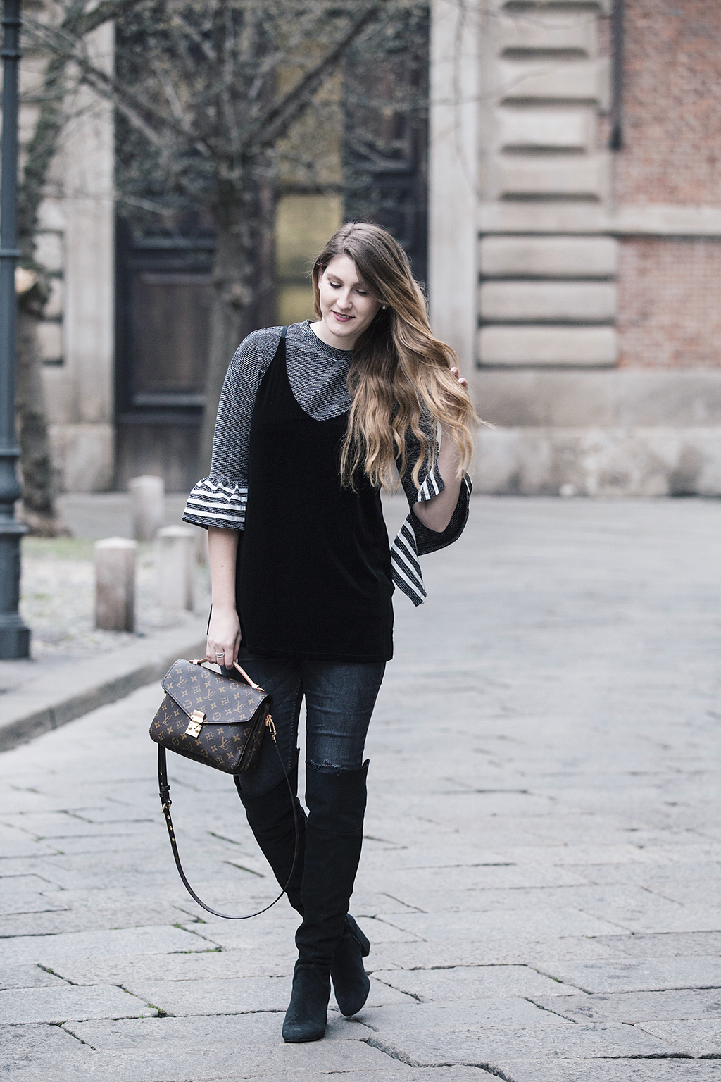 milanfashionweek_beautyjunkie_ootd_outfit_louisvuitton_32.jpg
