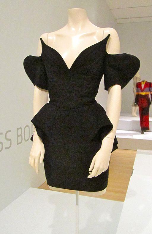 thierry_mugler_dress.jpg
