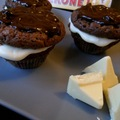 Tobleronés/háromcsokis muffin