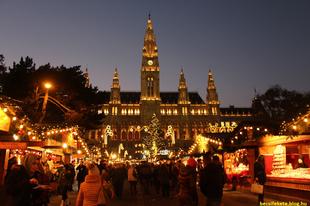 Karácsony a bécsi Városházánál