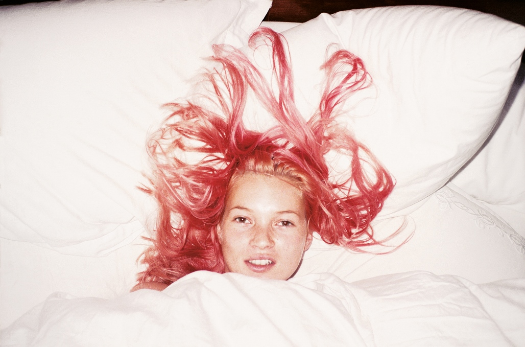 1_juergen-teller--young-pink-kate--london-1991_-_presse.jpg