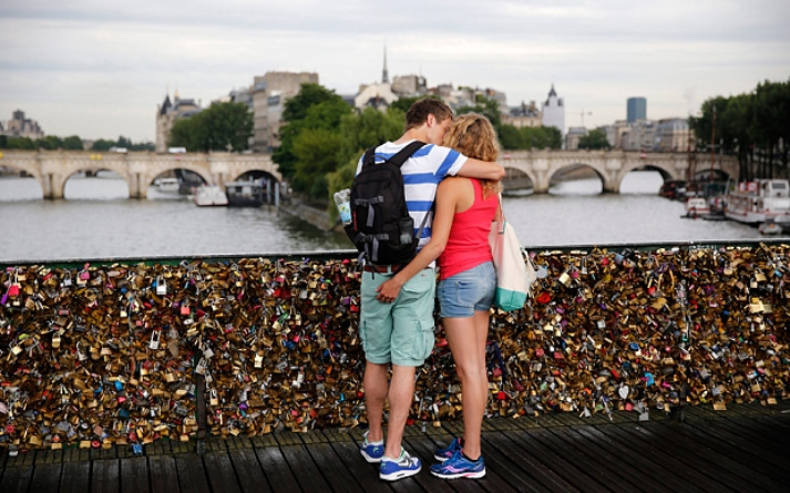 Folyó randi Párizsban
