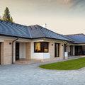 Egy kis kiokosítás építkezőknek: a napelemes tetőcserép
