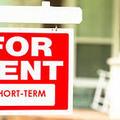A kormány nem döntött - az önkormányzatok kezében lehet az airbnb sorsa