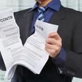 Az adásvételi szerződések buktatói - mire figyeljünk?