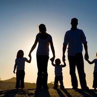 Az új családvédelmi lépések befolyásolhatják a piaci mozgásokat?