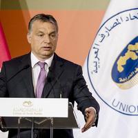Orbánról lehullott a köpönyeg