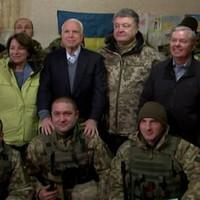 Ne magasztald John McCaint!