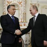 Orbán nem Putyin klónja