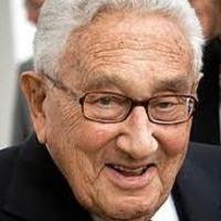 Ukrajna: Kissinger az amerikai kormányzatot bírálja