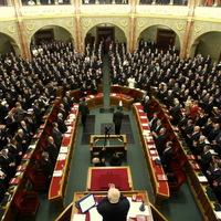 Parlament: Gyávák, mamelukok és idióták