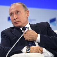 Putyin kettős játszmája