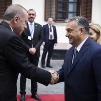 BEKIÁLTÁS: De miért épp Erdogan ellen?