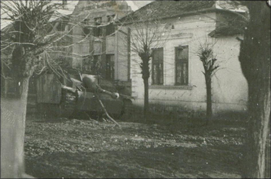 14kabaharcokutan1944.jpg