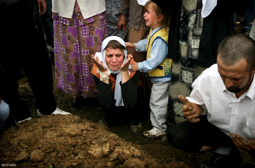 1995srebrenica.jpg
