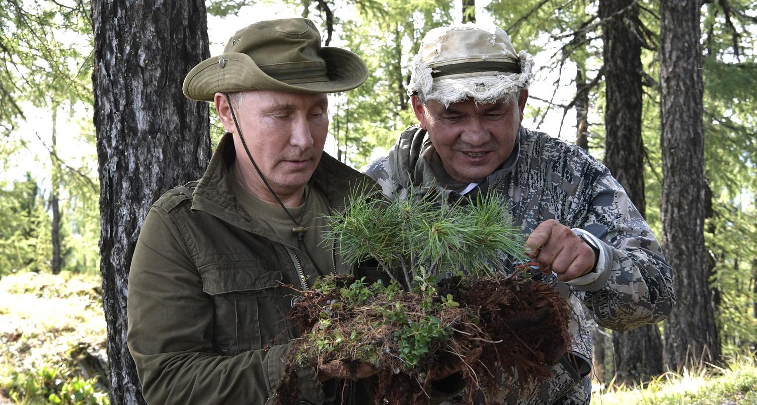 2018-08-27putyinsojgunyartuva.JPG