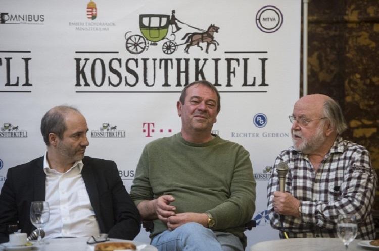 kossuth-kifli-sajtotaj.jpg