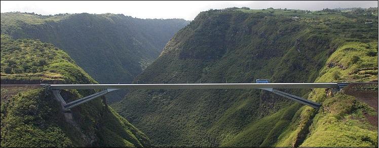 viaduktkethegykozott2.jpg