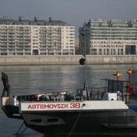 Ukrán hajó Budán