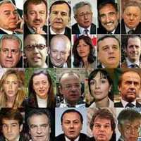 Belföldi csajozásra ...őőő... nyaralásra bíztatja honfitársait Berlusconi