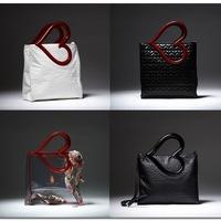 Francesca szerelmes táskái