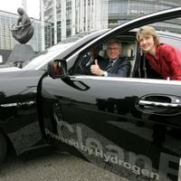 Hidrogénes BMW az Európai Parlament elnökének