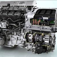 A Prius és a hibrid Auris hajtáslánca