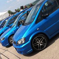 Pörög az Opel-buli