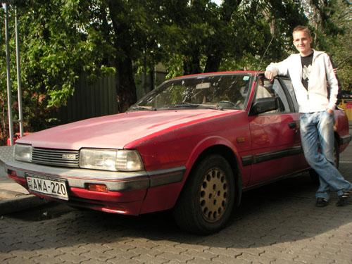 A Mazda 626 GT és új gazdája, Kaliczka Bence