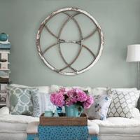 Modern nappali fehér és zöld színekben