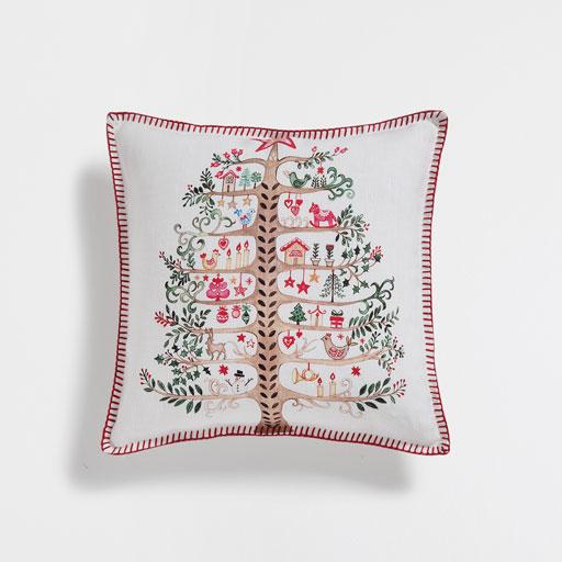 A Zara Home-ban a karácsonyi szezonra kínált otthoni ruhákat is érdemes  átnyálazni f8a62fcae9
