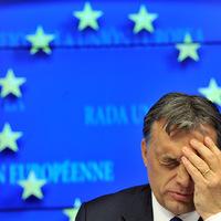 Arrogancia, túlvállalás, szívatás és Brüsszelre mutogatás