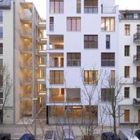 e3 Berlin - faszerkezetű, hétszintes társasház