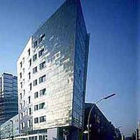 Zaha Hadid és Peter Eisenman - IBA lakóházak