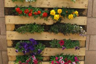 Raklapkert készítése erkélyre, teraszra, kiskertbe