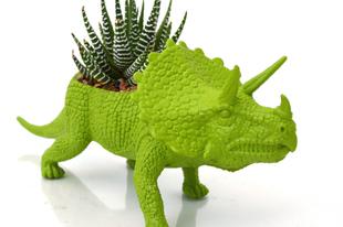 Kaspók újrahasznosított játékokból