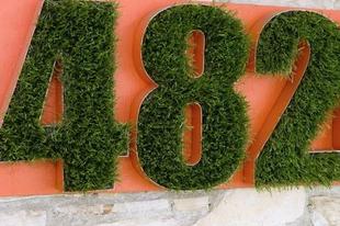 """Készíts egyedi """"zöld"""" házszámot az előkertbe!"""