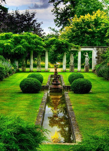 godinton_house_garden.jpg