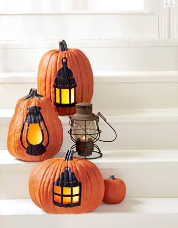 pumpkin_with_lamp.jpg
