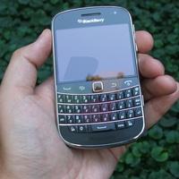 Továbbfejleszti a RIM a BlackBerry 9900-at?