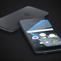 Hosszútávú megállapodást kötött a TCL és a BlackBerry