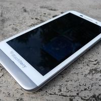 BlackBerry Z30 galéria