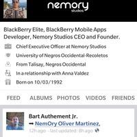 Végre itt egy működő Facebook-kliens BB10-re!