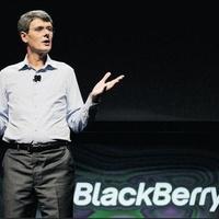 Novemberig eldőlhet, kié lehet a BlackBerry