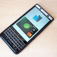 Ilyen egyszerűen (en: Simple) használhatod a mobilod bankkártyaként